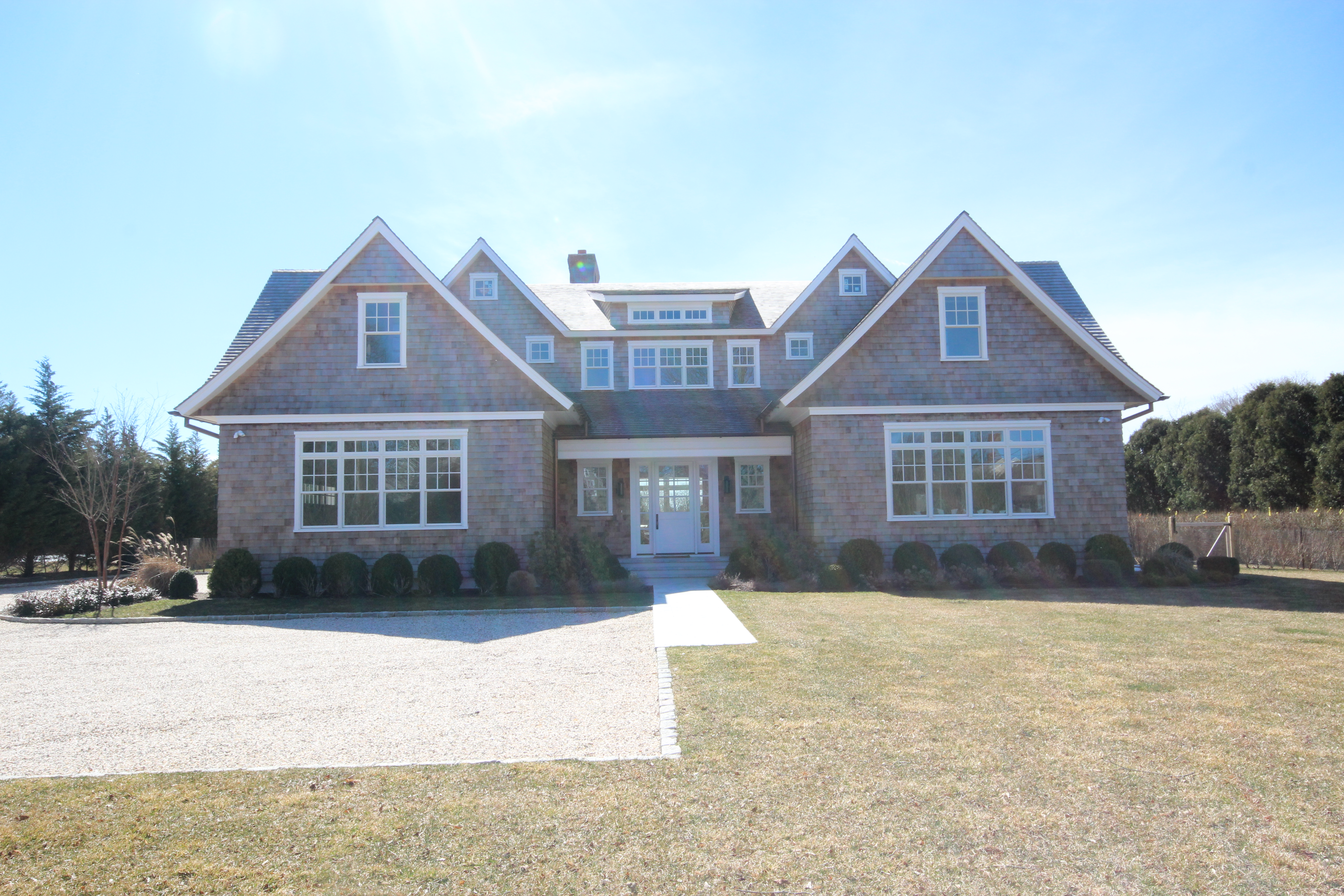 Bridgehampton New Construction South of the Highway