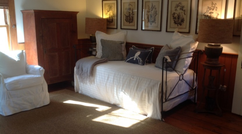 main house bed 3