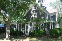North Fork Farmhouse on 6 Acres