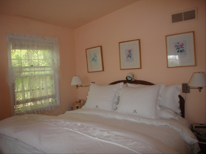 90 little fresh pond_bedroom