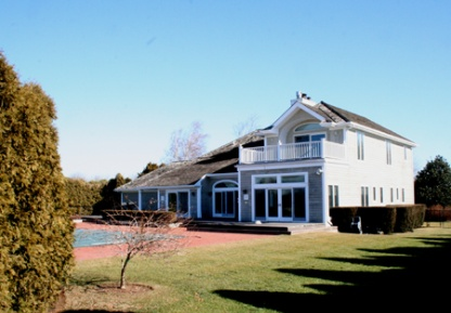 Pond Front – Southampton Village – Pool and Tennis